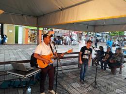 Apresent~ção Reggis e Rodrigo na Praça da Matriz