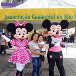 Os lindos Mickey e Minnie especial Namorados