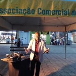 Show com cantor Wandê